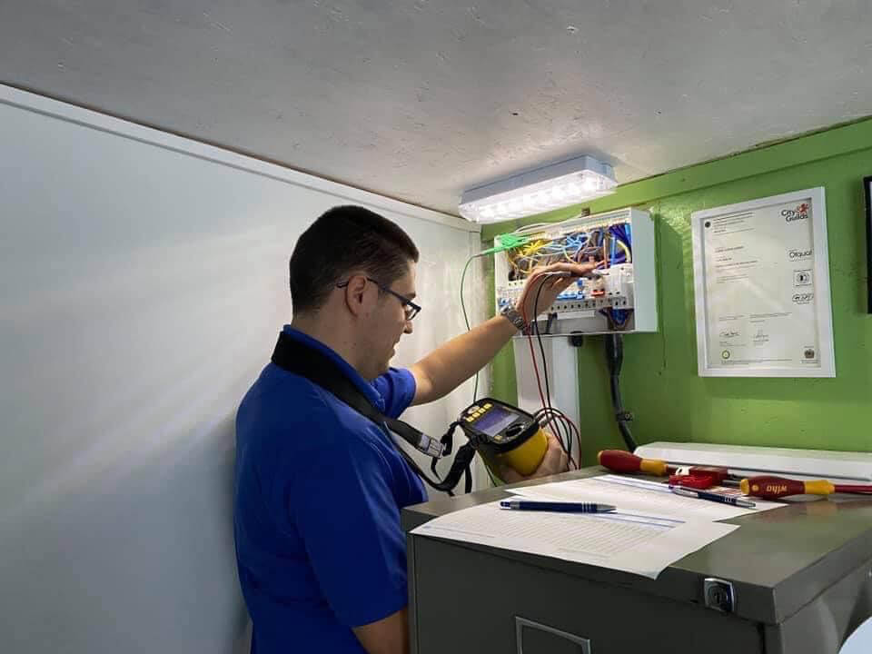 electrical contractor in nottingham